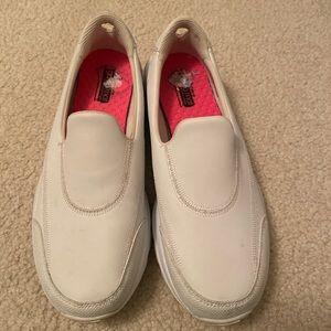"Sketcher white ""medical"" shoes"